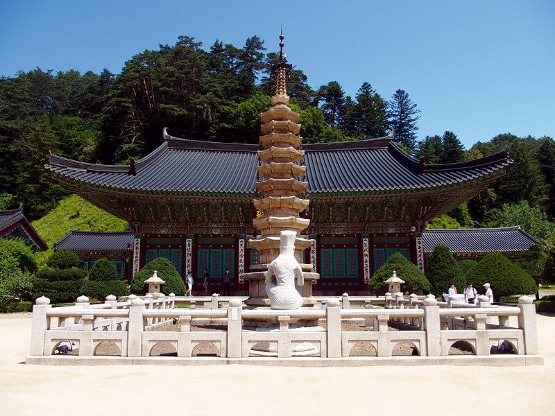 国宝の石塔もチェック。写真提供:韓国観光公社