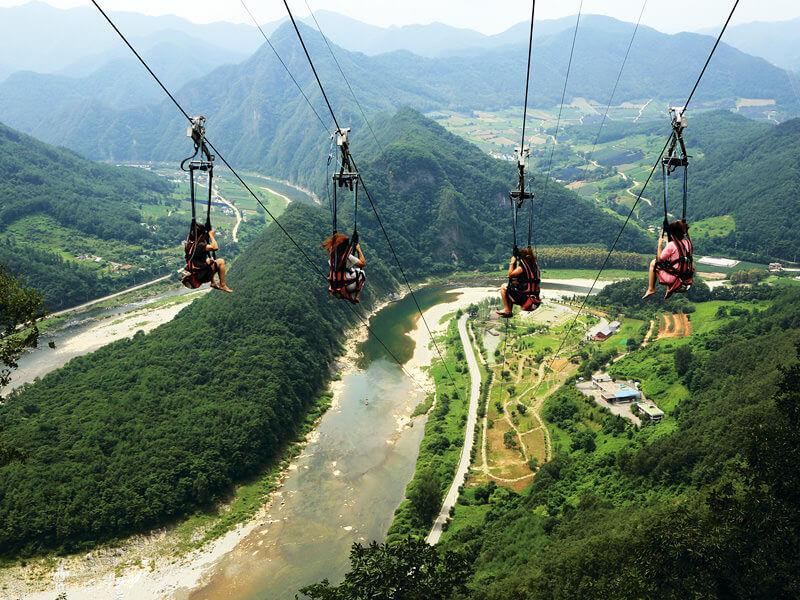 ジップワイヤー。写真提供:韓国観光公社