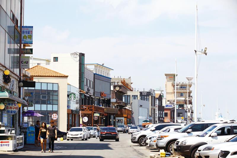 安木海岸コーヒー通り。写真提供:韓国観光公社