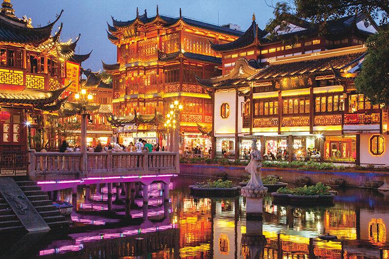 上海旅行でレトロな中国を感じられる「豫園商城」で中華グルメもライトアップも満喫しよう!