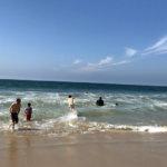 【水温調査】アメリカ西海岸はちょっと水温が低いとか言うけど、結局水着で海に入れるんじゃないの?!