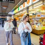 箱根湯本の日帰り女子旅。駅前商店街で食べ歩き、恋おみくじにも挑戦