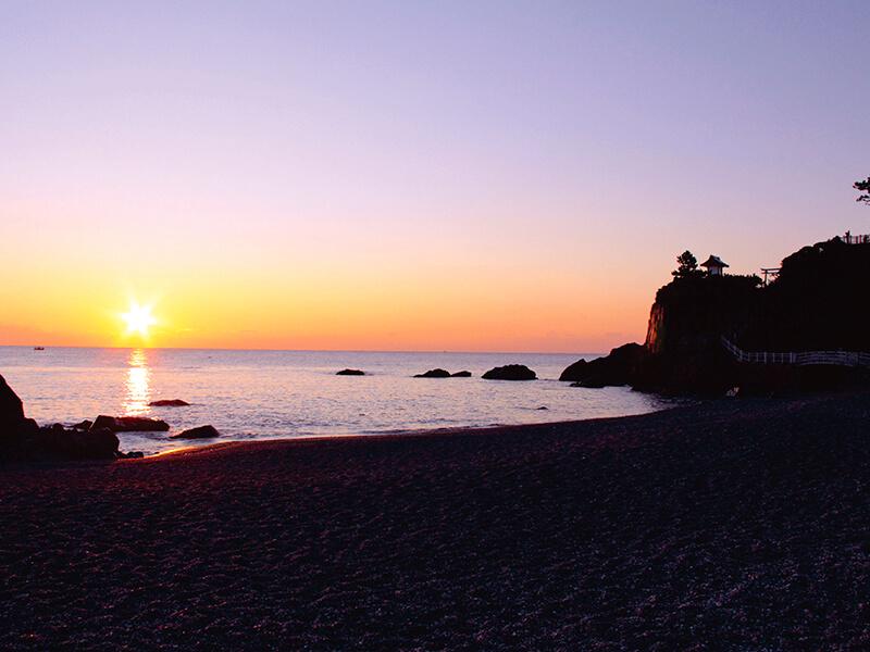 桂浜 絶景の朝景