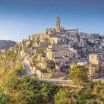 イタリアの幻想的な街並「マテーラ」を一度は見に行かなくっちゃ!!