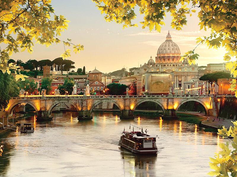 サンタンジェロ橋とサンピエトロ大聖堂