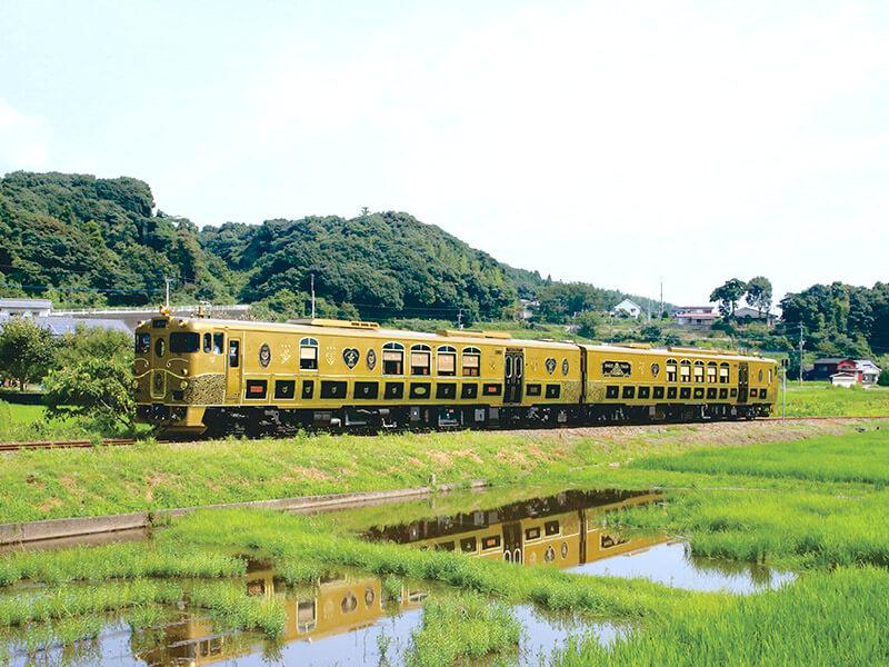 田園をゆく或る列車