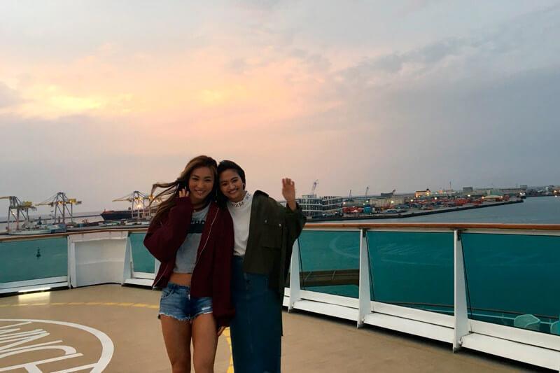 香川沙耶と美人トレーナーAYAがクルーズの旅へ。沖縄の宮古島、伊良部島の大自然を感じる