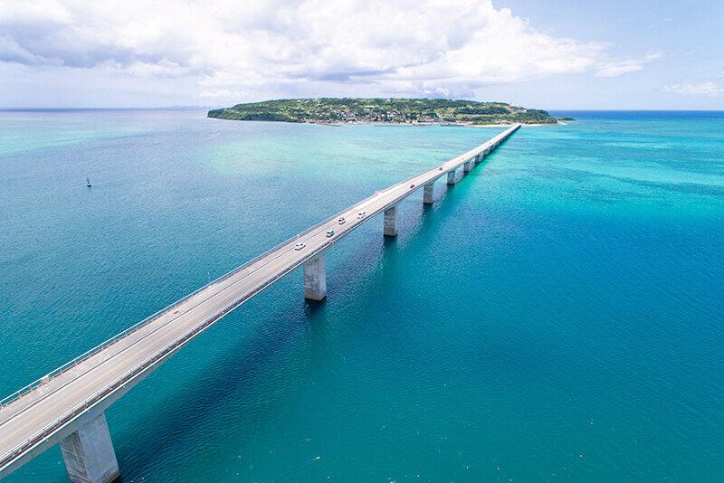 沖縄のパワースポット「古宇利島」を満喫♪ハートロックやオーシャンタワーへ行こう!