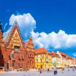 町の中が小人像だらけ?小人探し観光が楽しいポーランドのヴロツワフ