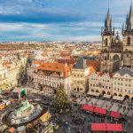 チェコの世界遺産プラハ歴史地区。旧市街地広場からプラハ城に向かう王道コース!