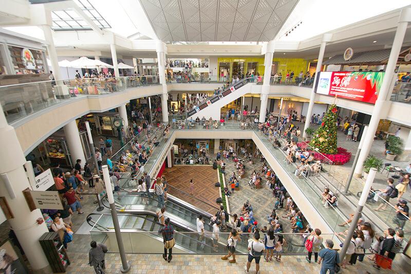 ハワイ・ホノルルの人気買い物スポット「アラモアナショッピングセンター」がもっと楽しくなる見どころとは?