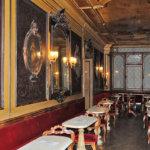 ベネチアのサン・マルコ広場で今も営業している世界最古のカフェ「カフェ・フローリアン」で贅沢な時間を味わおう♪