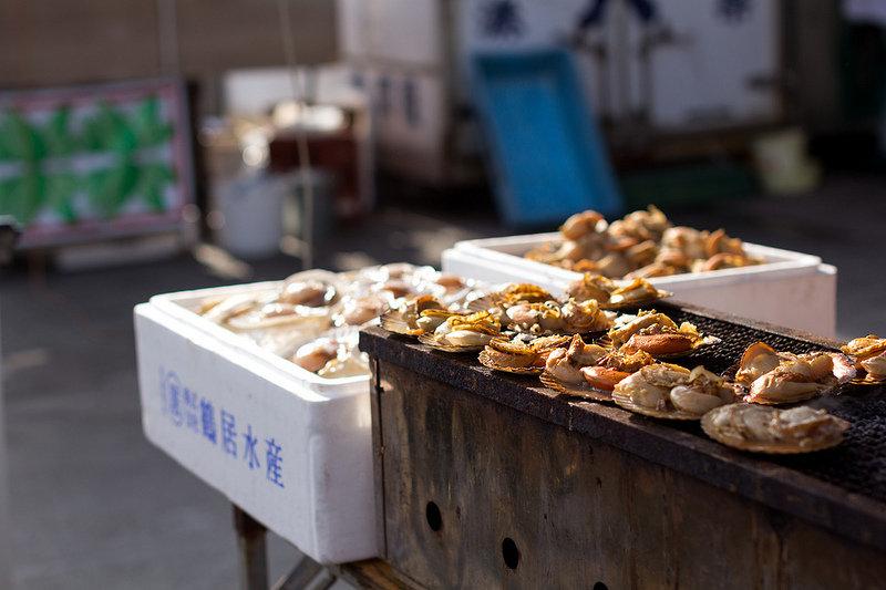 新鮮な海鮮丼が食べたーい!!茨城県ひたちなか市の那珂湊の魚市場に行ってみよう!!