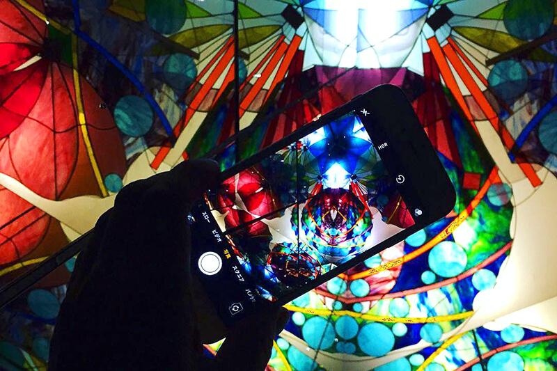 色とりどりのガラスがフォトジェニック!愛知県の「三河工芸ガラス美術館」