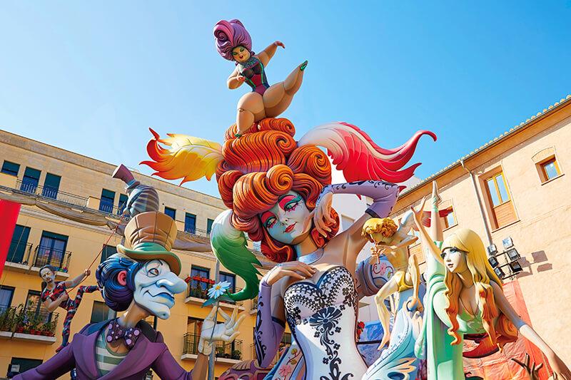 バレンシアの火祭りの人形