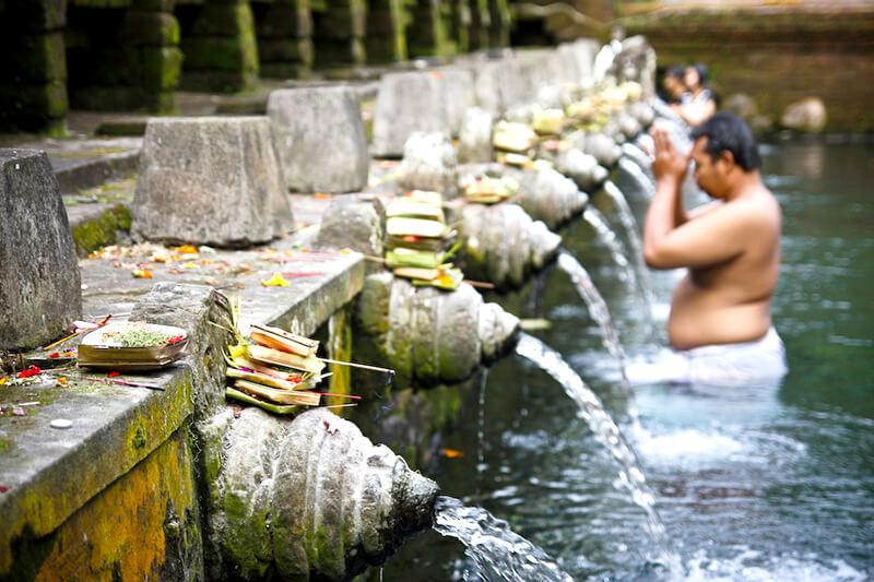 ティルタウンプル寺院 沐浴