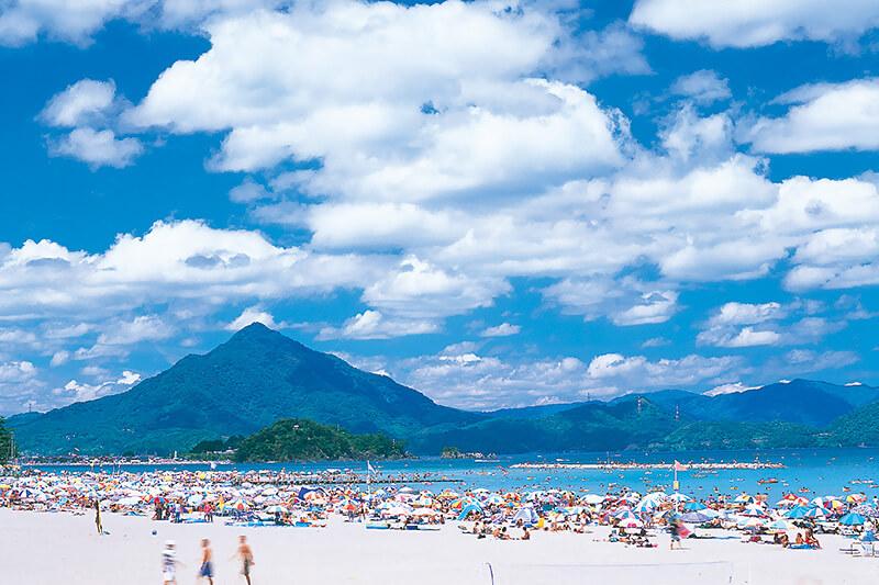 世界に認められた美しさ!福井県「若狭和田浜海水浴場」に行ってみよう