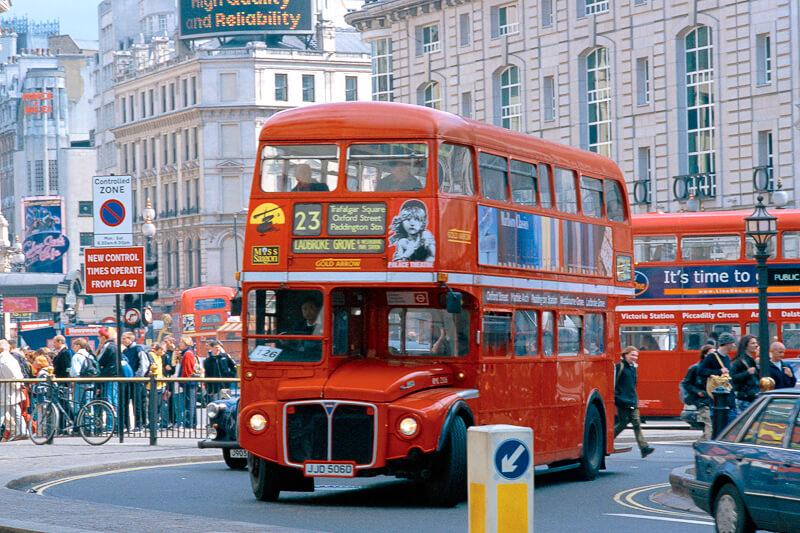 ロンドンの繁華街、ピカデリーサーカス