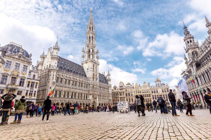 ヨーロッパの街並みが好きならおすすめ♪ベルギーの世界遺産「グランプラス」が美しすぎる!