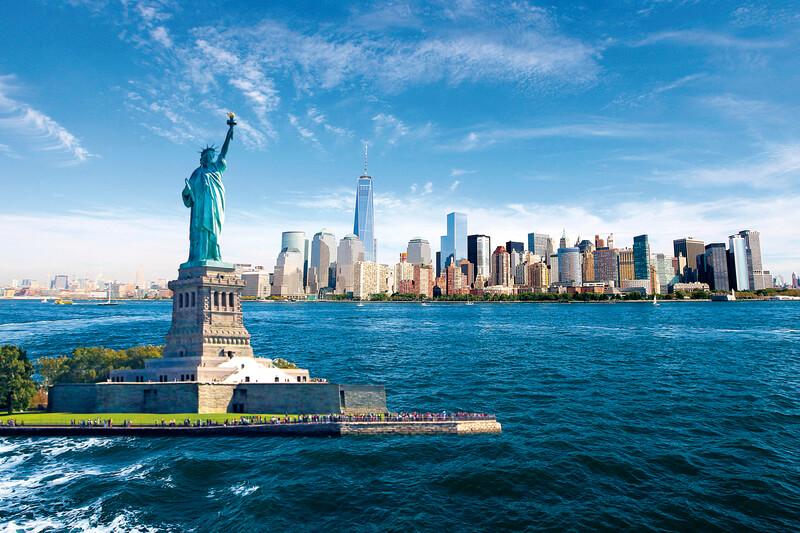 ニューヨークに行くなら「自由の女神」に行ってみたい!王冠まで登る見学ツアーに参加するには?