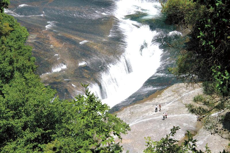 吹割の滝 観瀑台より