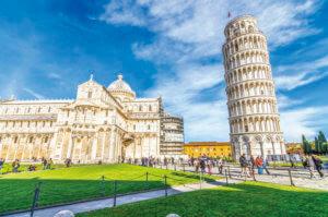 インスタ映えの宝庫!イタリア行くなら世界遺産「ピサの斜塔」はベタだけど行っておきたい!