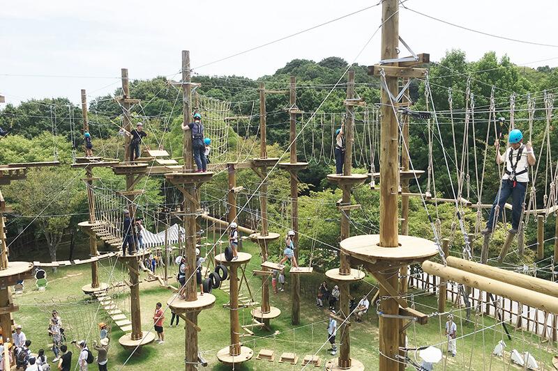 兵庫県・淡路島に2017年にオープンしたエンタメ施設「ニジゲンノモリ」♪アトラクションもピクニックも楽しめる!