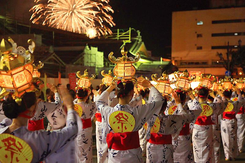 山鹿灯籠祭り