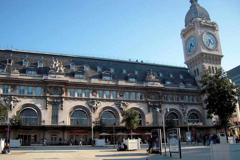 リヨン駅舎