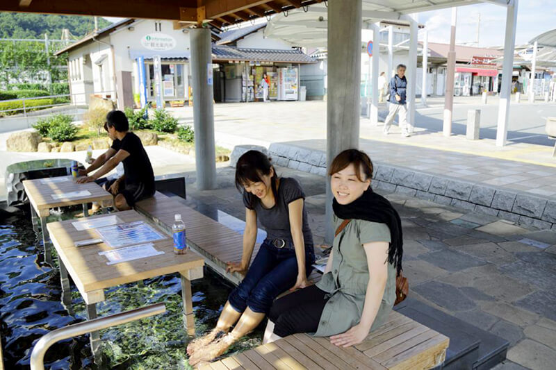 日帰りOK!!新宿から1時間30分の山梨県・石和温泉で湯ったり&グルメ三昧♪