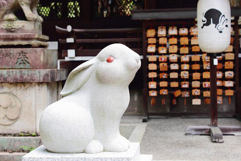 うさぎだらけの神社!?京都の「岡﨑神社」が可愛いすぎる!