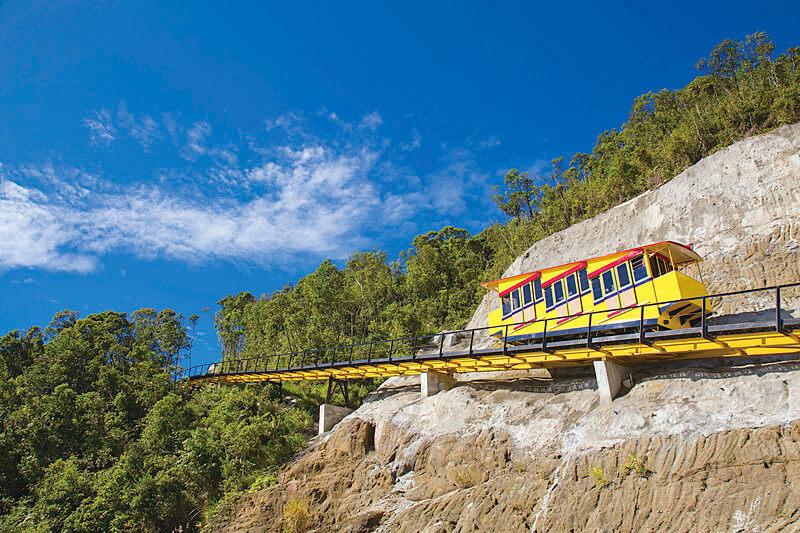 バナヒルズ 世界最長のケーブルカー