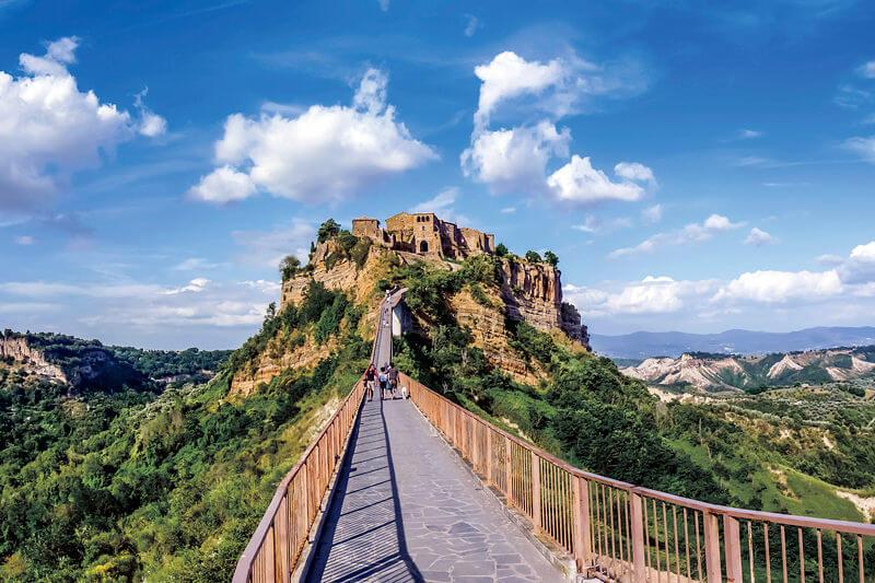 """イタリアにある""""死にゆく町""""「チヴィタ・ディ・バーニョレージョ」が美しい!"""