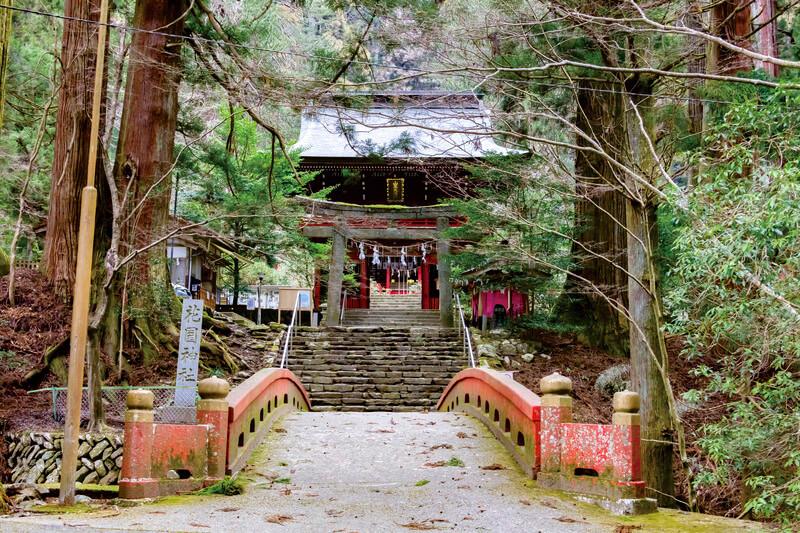 厳かな佇まいに圧倒される!茨城県のパワースポット・花園神社へ行こう