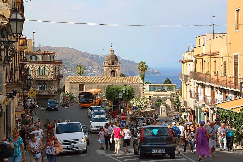 タオルミーナの街並み