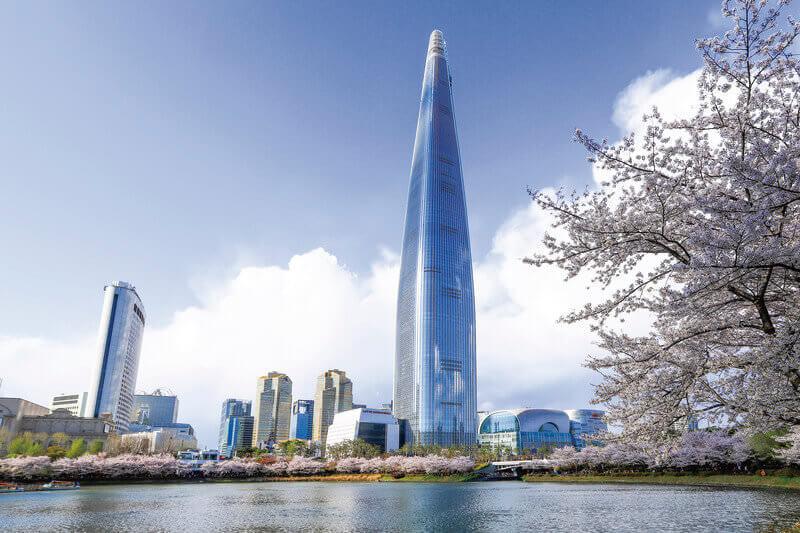 ソウルの夜は韓国一高いビル「ロッテワールドタワー」で夜景を楽しもう!
