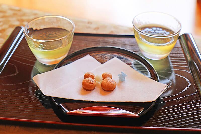 正寿院・お茶とお菓子