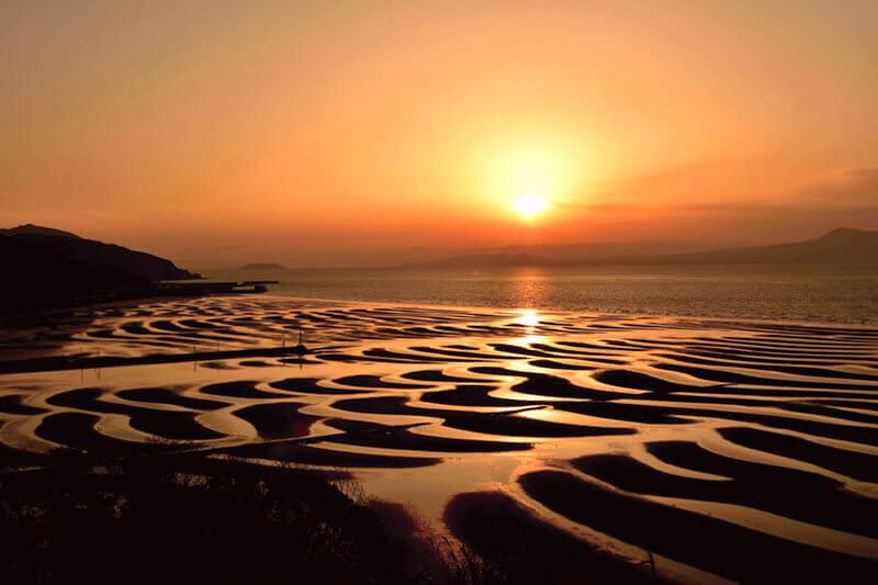熊本県宇土市「御輿来海岸」が綺麗!夕日と干潮が織りなす奇跡の絶景