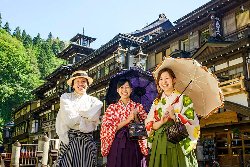 銀山温泉の貸し衣装体験