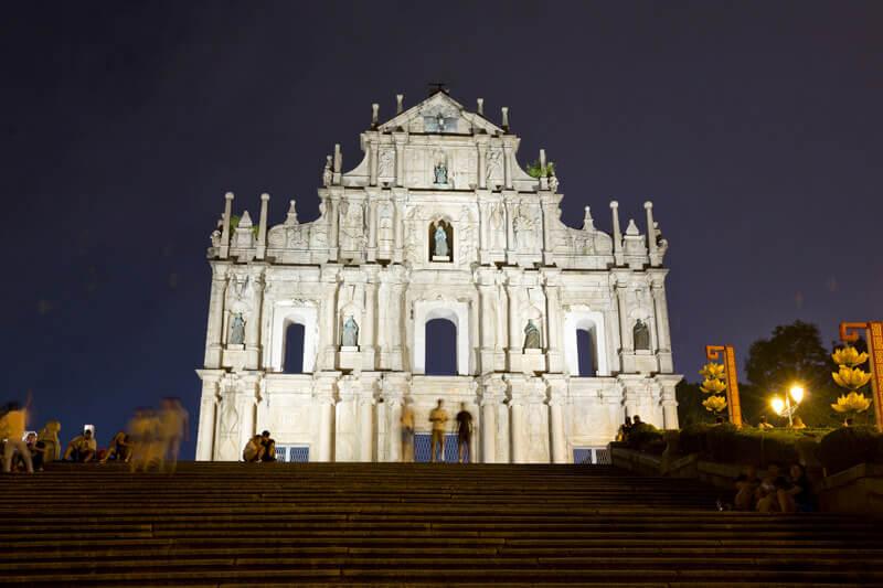 マカオ 聖ポール天主堂跡 夜景