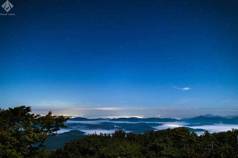 星空と雲海(米子市)