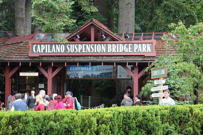 キャピラノ吊橋公園入り口