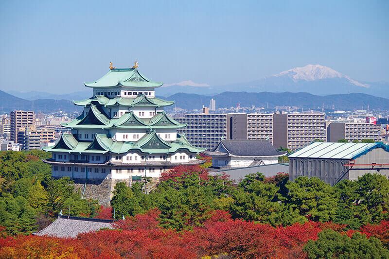 愛知県名古屋の旅行で絶対に外せない!名古屋城へ紅葉を愛でる旅に行ってみよう