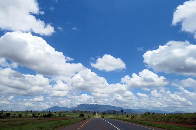 アフリカ・タンザニアの道路