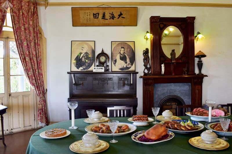 旧グラバー住宅・大食堂(再現)