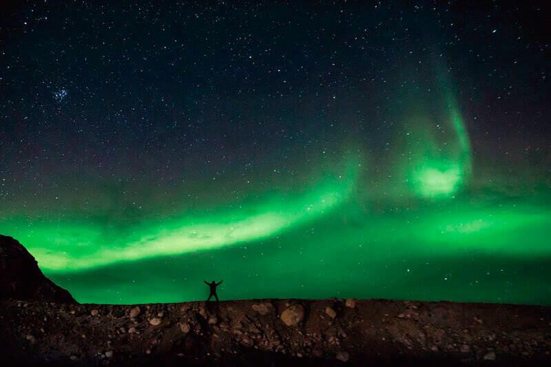 北極圏にある世界最大の島グリーンランド観光♪オーロラに氷河、ホエールウォッチングを満喫!