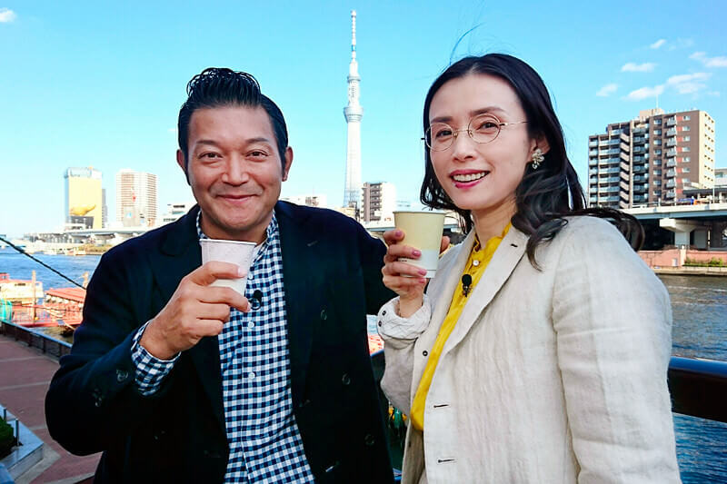 女優の中嶋朋子が東京・蔵前を散策!世界にたったひとつのノート作り&絶品フルーツサンドを堪能!