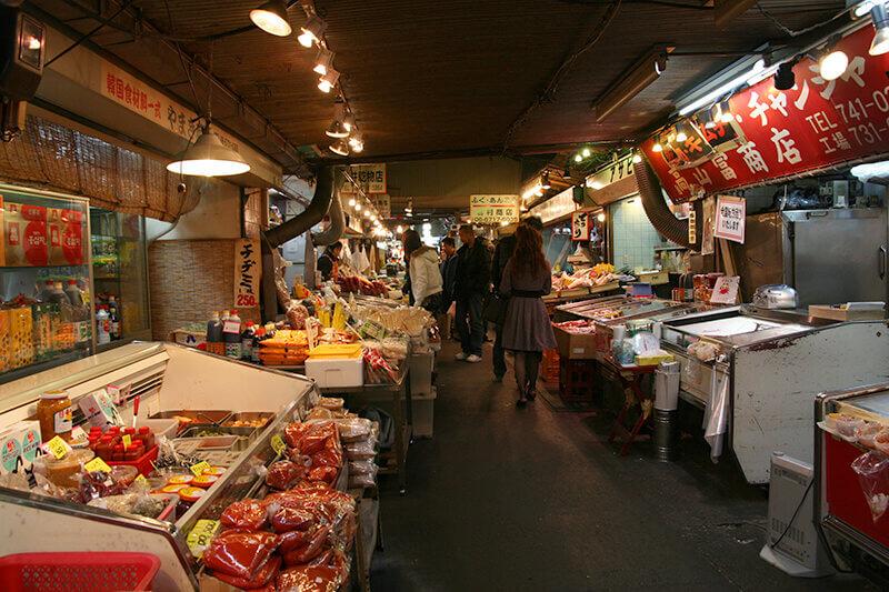 大阪のディープな鶴橋エリアを食べ歩き!美味しいコリアンタウンをご紹介♪