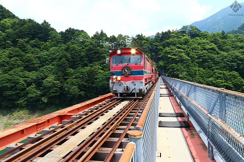 大井川鐵道 井川線「南アルプスあぷとライン」と橋梁「奥大井レインボーブリッジ」