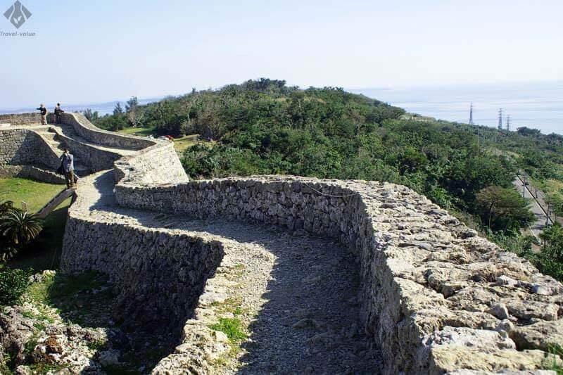 世界遺産・中城城跡の城壁